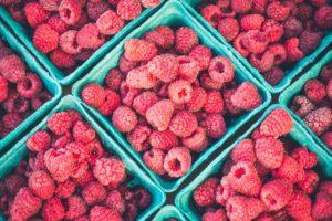 Fyll burkarna med söta sommarbär