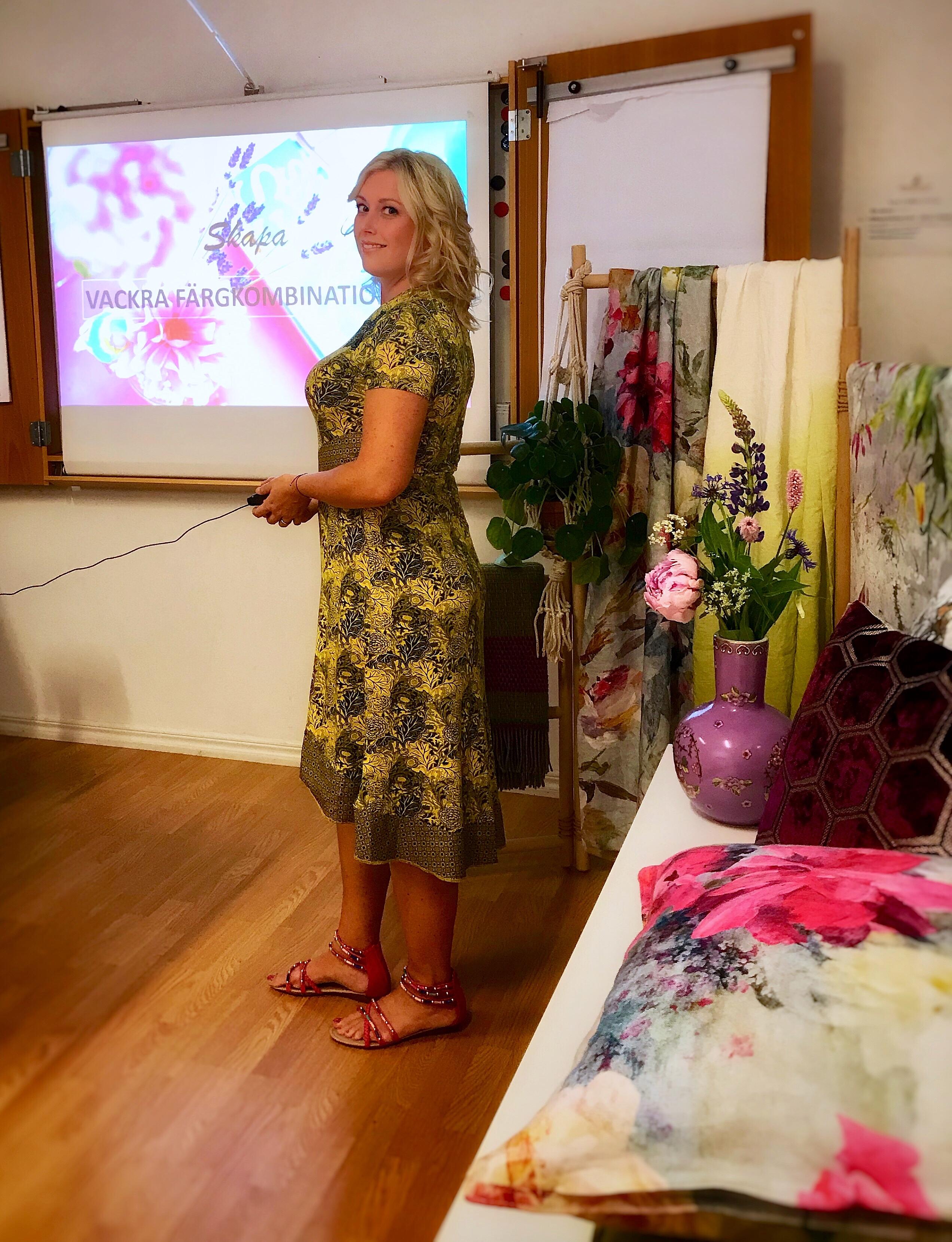 Leonor Juhl K föreläser om färg - Fröken Turkos - Studio25