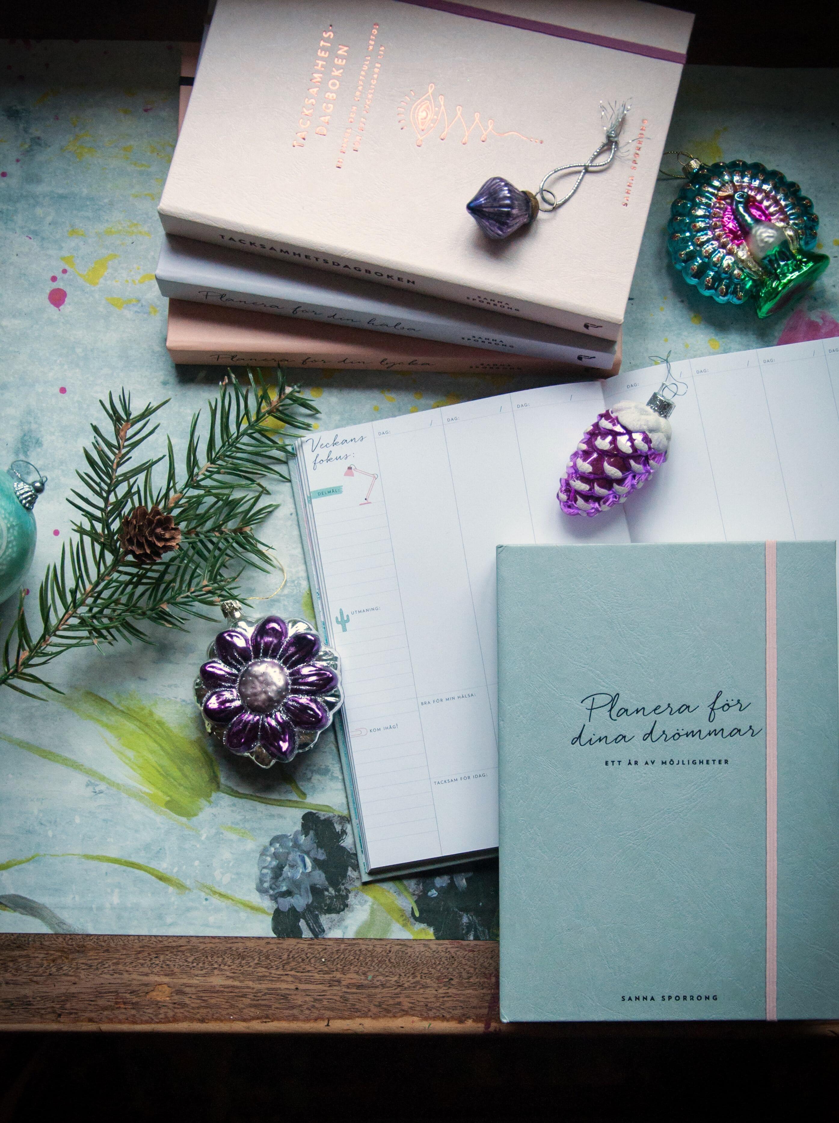 Hårda klappar - Bästa böckerna du ger bort i julklapp av Sanna Sporrong. Foto: Leonor Juhl K